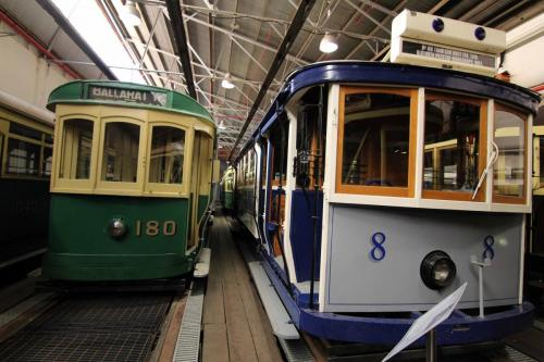 Tram 180 & 8