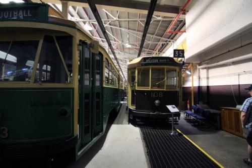 Tram 106