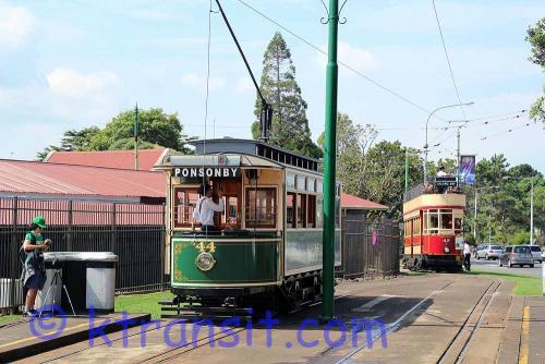 A: Tram 44 & 47