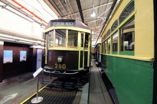 Tram 380