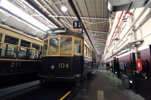 Tram 104